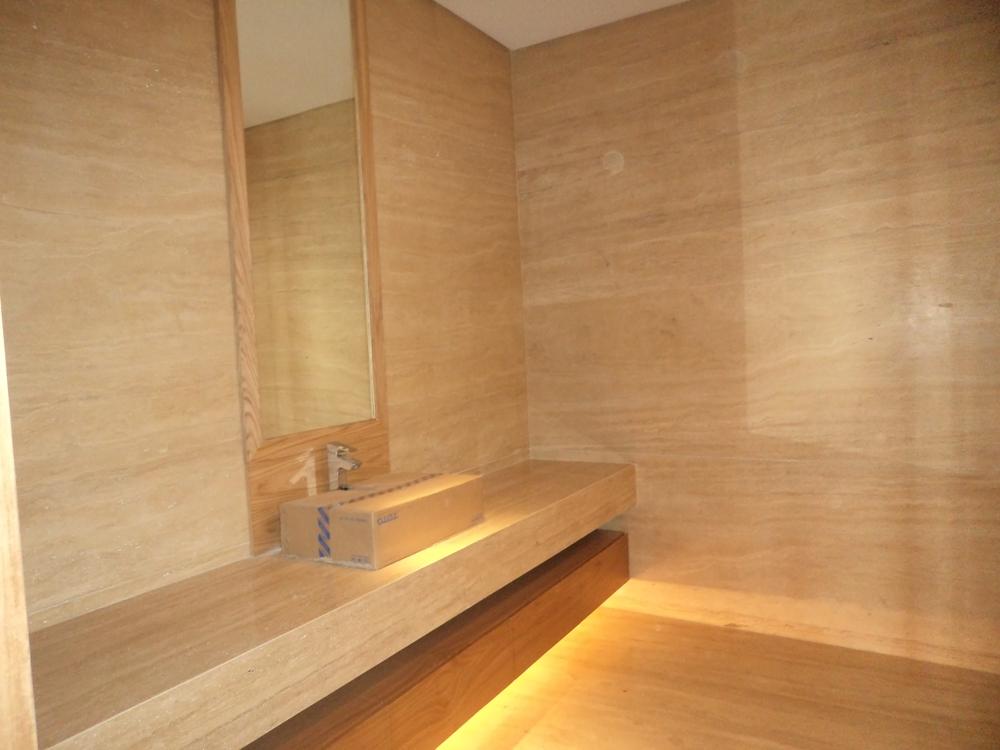 Cara Pemasangan Dinding Marmer yang Baik dan Benar